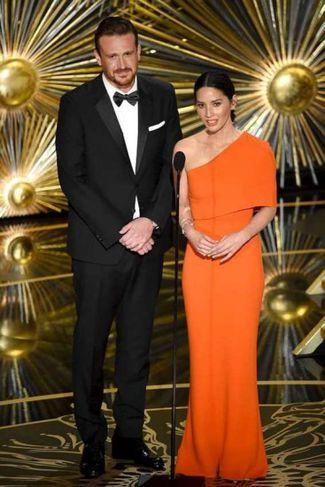 Jason Segel og Olivia Munn.