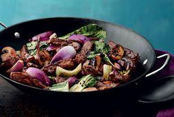 Það er wok í matinn í kvöld.