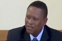 Bernhard Esau, sjávarútvegsráðherra Namibíu.