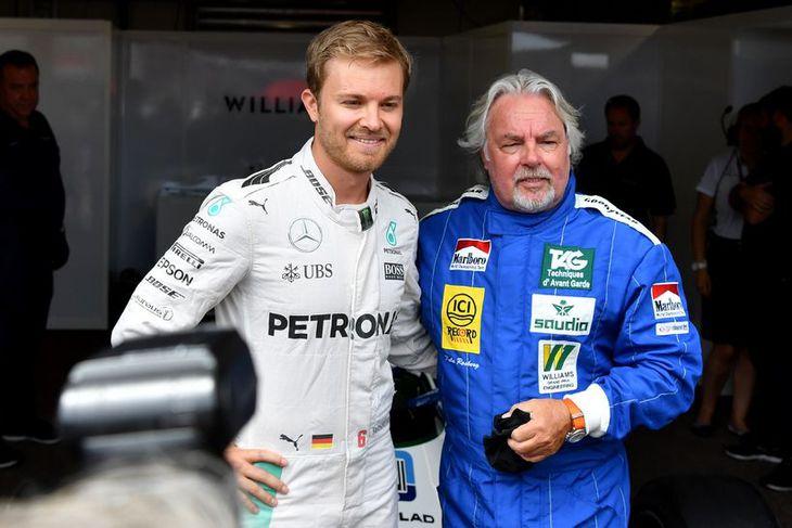 Nico (t.v.) og Keke Rosberg eftir aksturinn í Mónakó.