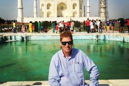 Þórhallur við Taj Mahal Indlandi.