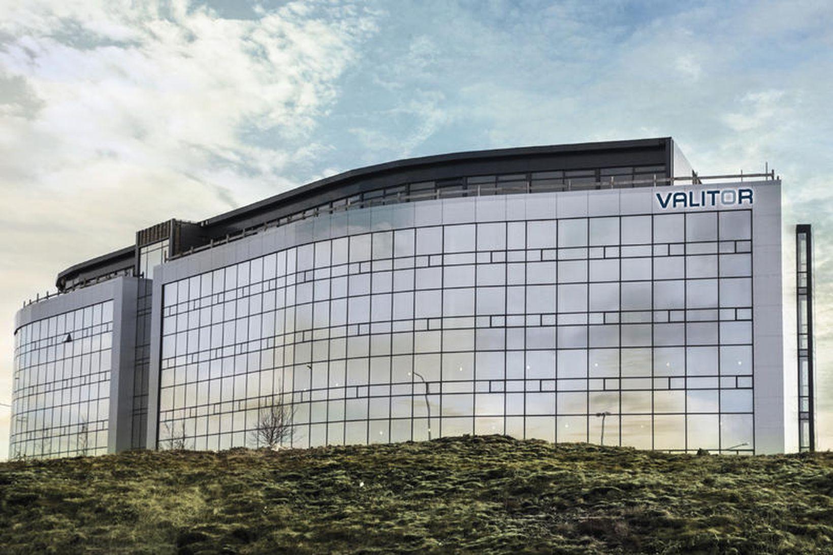 Höfuðstöðvar Valitorst í Dalshrauni í Hafnarfirði.
