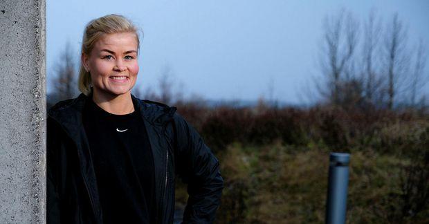Ágústa Guðný Árnadóttir hóptímakennari æfir heima og fær fólk með sér á Facebook.