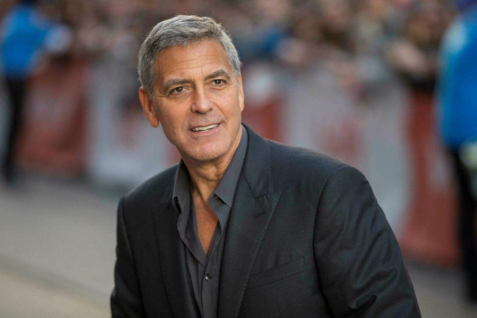 Leikarinn George Clooney kvartar ekki undan ástleysi þessa dagana.