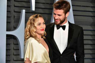 Miley Cyrus og Liam Hemsworth eru að skilja.