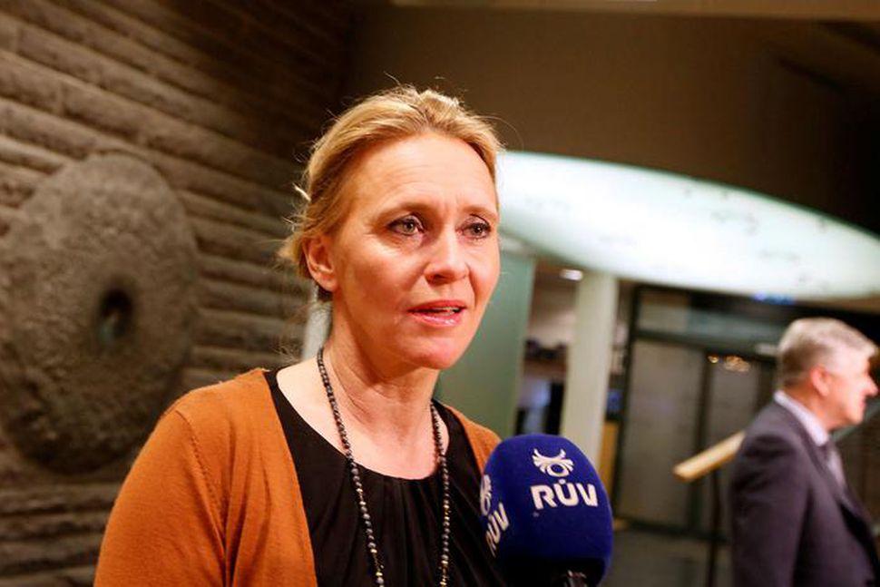 Þorgerður Katrín Gunnarsdóttir, sjávarútvegs- og landbúnaðarráðherra, segir lagasetningu ekki leysa ...