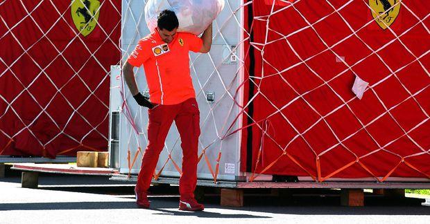Hafurstask Ferrari í Melbourne í Ástralíu.