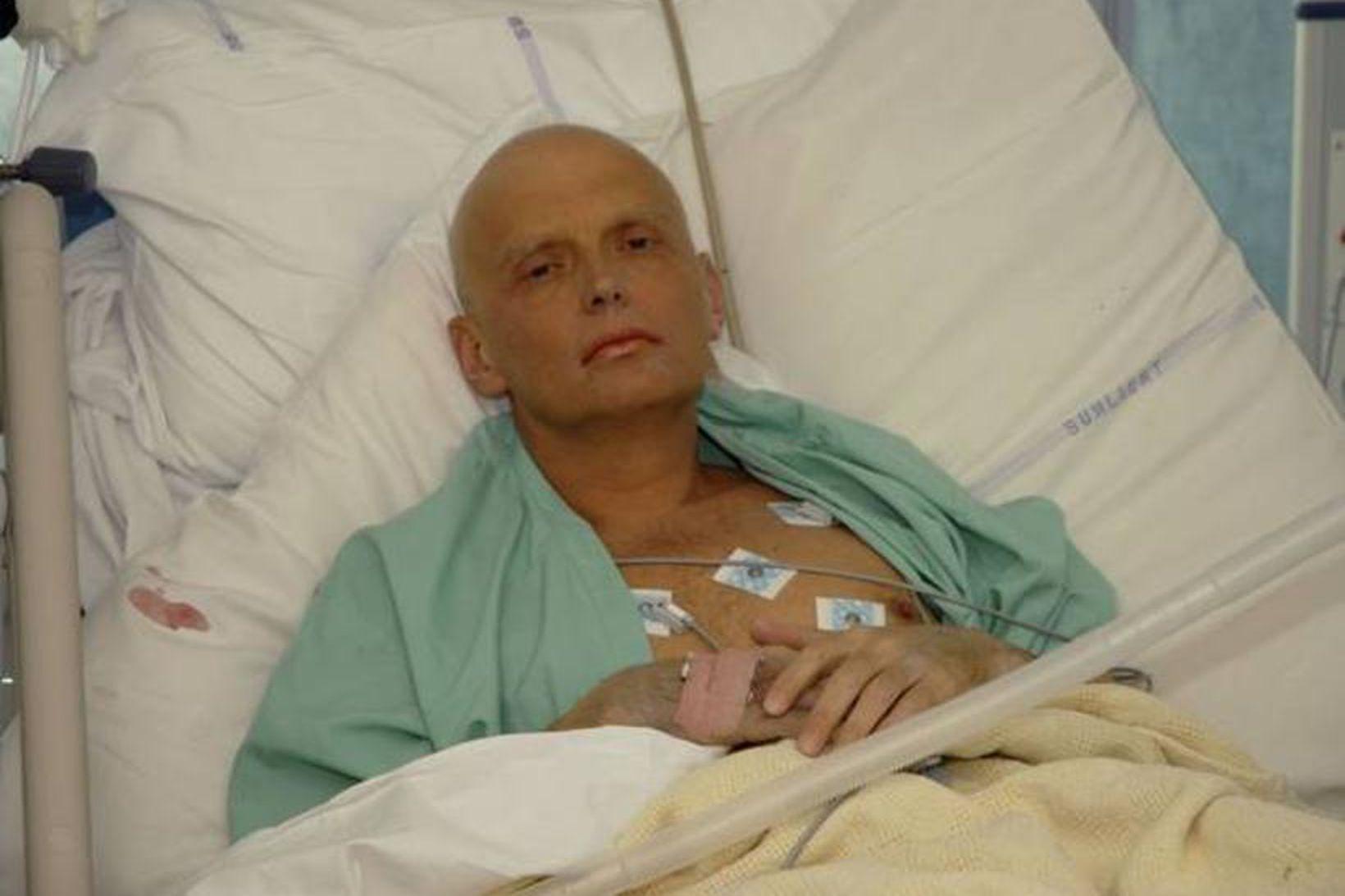 Alexander Litvinenko á sjúkrahúsi eftir að áhrif eitrunarinnar fóru að …