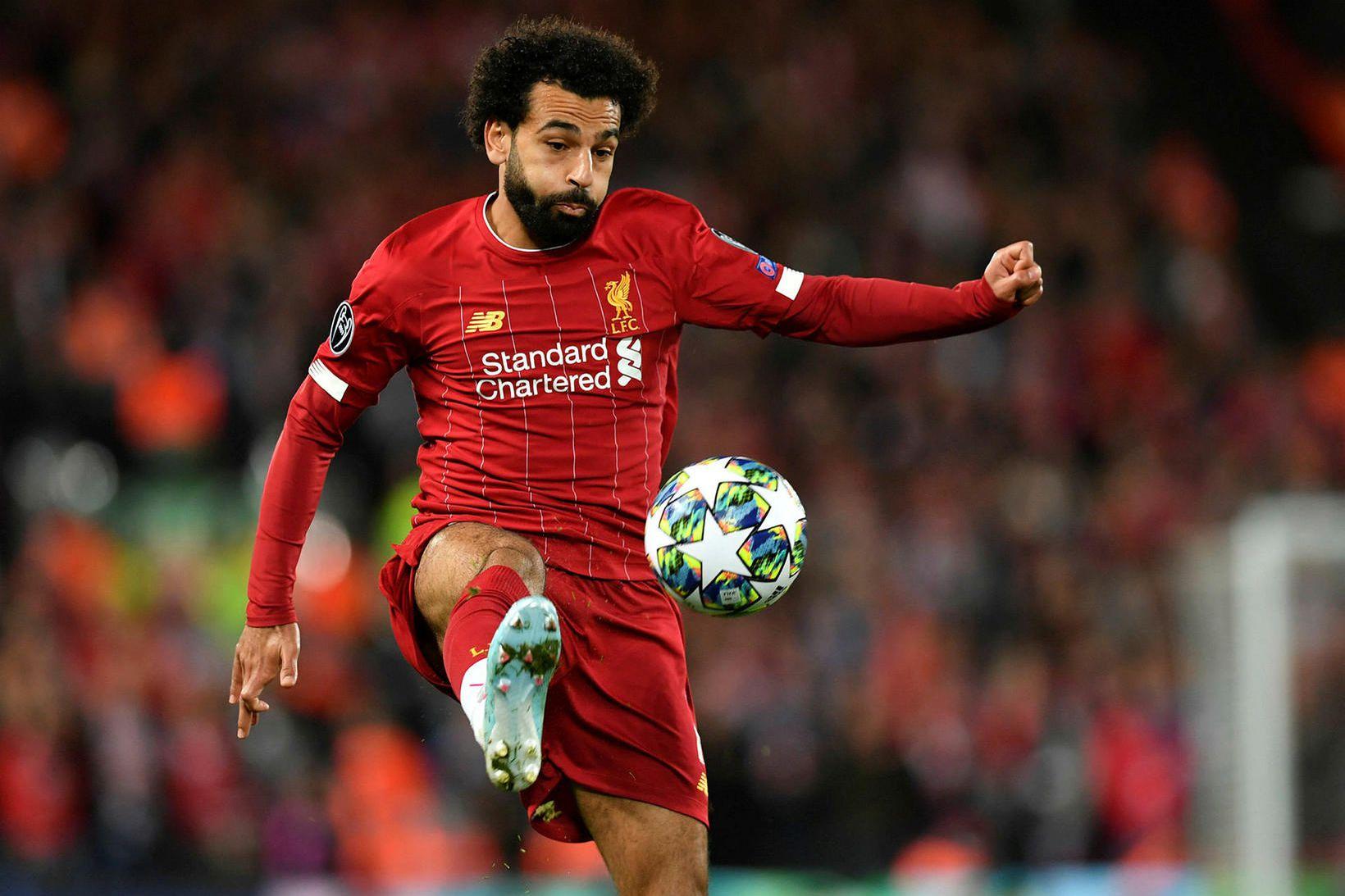 Mohamed Salah hefur góða stjórn á knettinum.