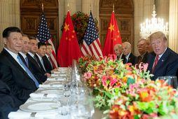 Donald Trump og Xi Jinping á fundi G20 ríkjanna í gær.