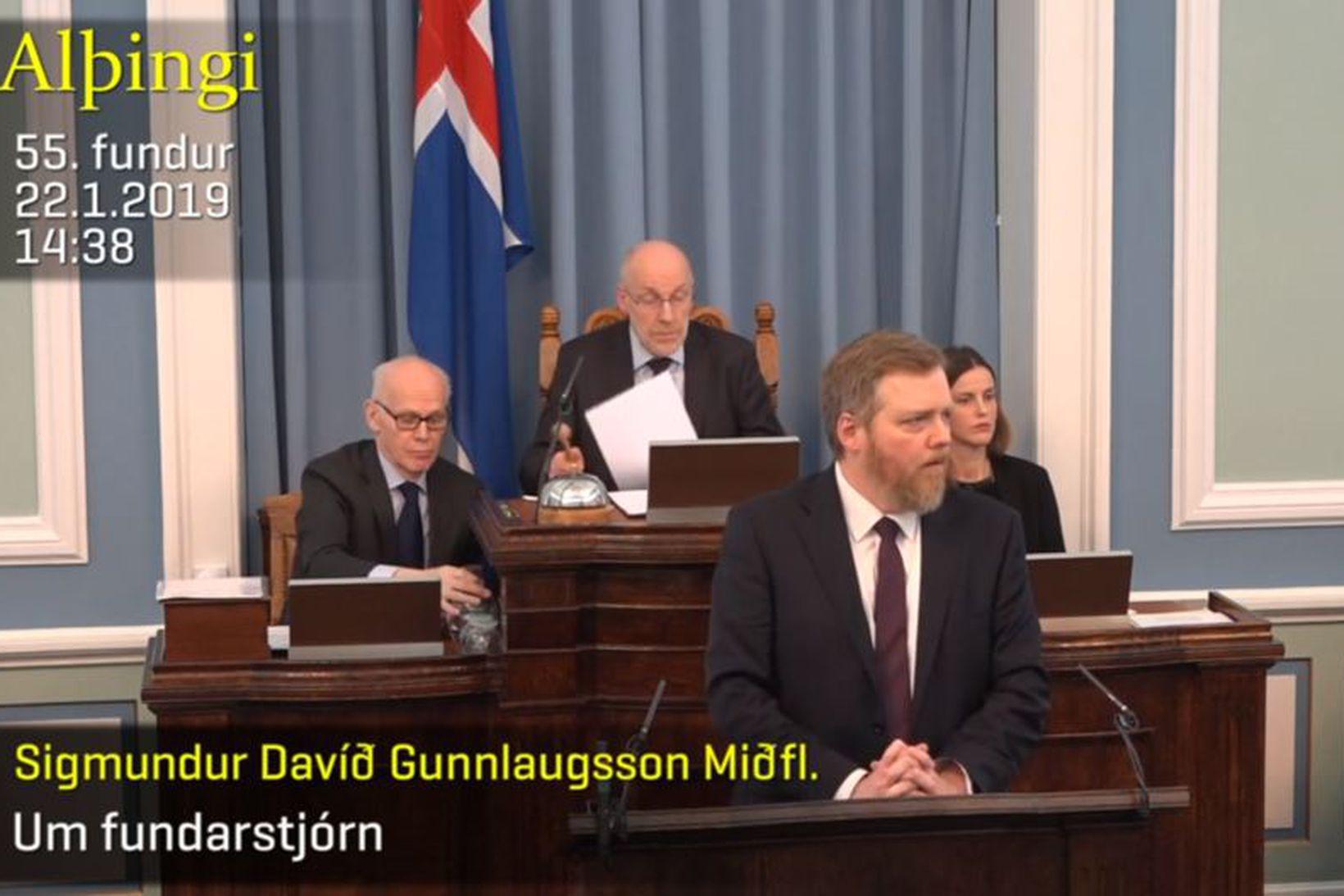 Sigmundur Davíð Gunnlaugsson og Steingrímur J. Sigfússon á Alþingi í …