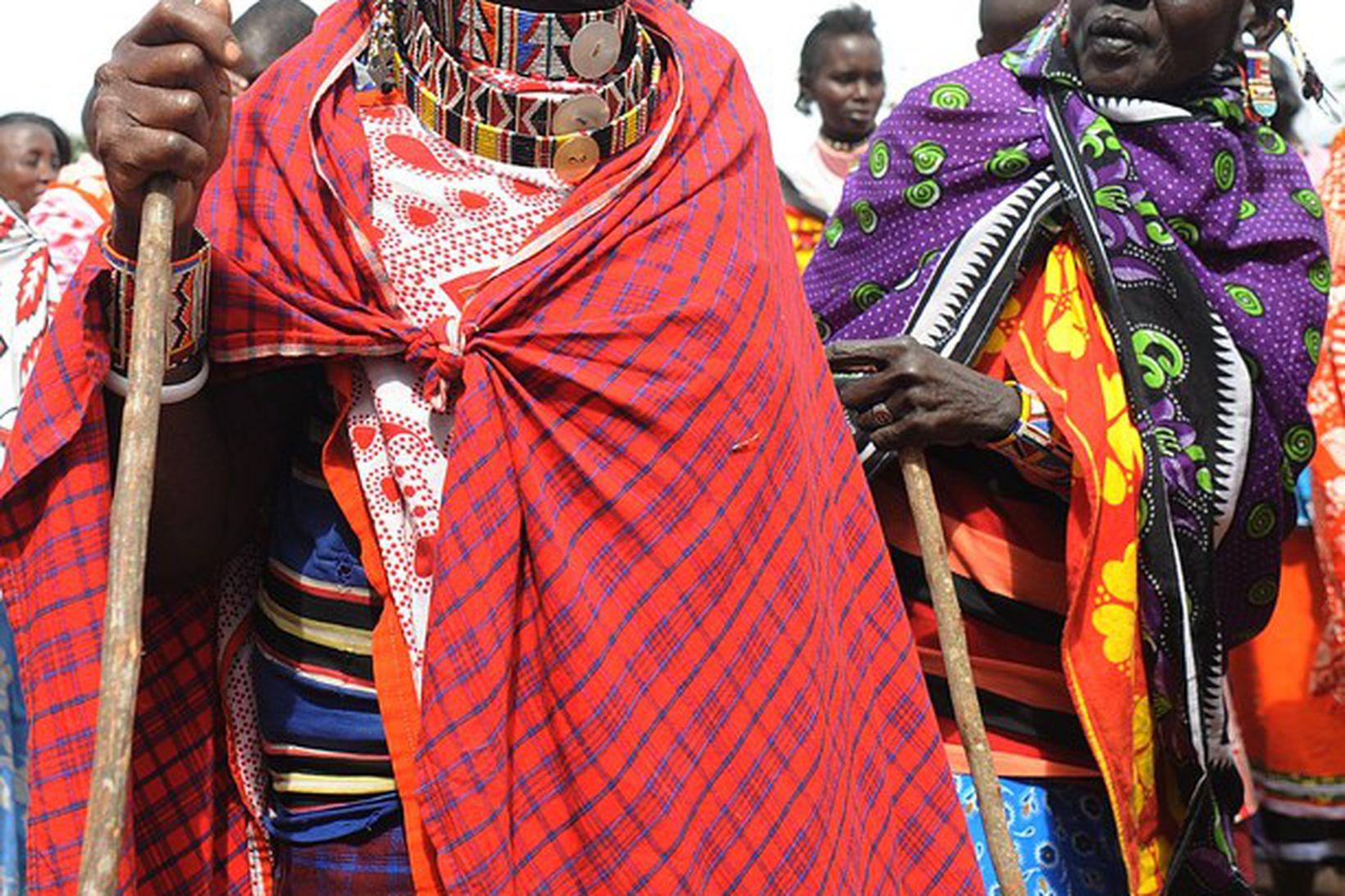Frá fjöldafundi Maasai-kvenna í Enkorika, Kajiado, í Kenýa um kynfæralimlestingar. …