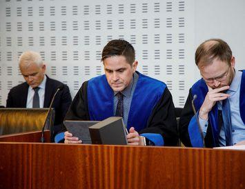 Gunnar Egill Egilsson og Almar Þór Möller, verjendur Péturs og Jónasar.