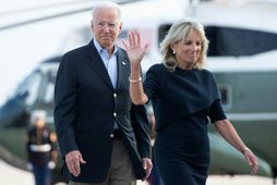 Joe og Jill Biden á leið til Flórída.