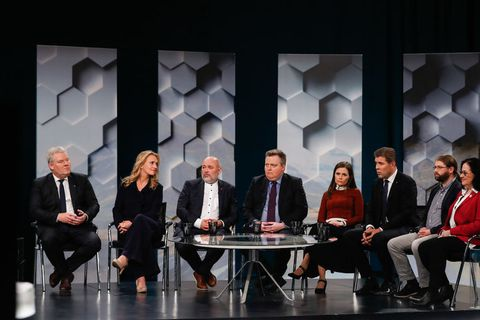 The leaders of the eight parties that won seats in Iceland's parliament in the 2017 general elections discuss the results on RÚV, Iceland's national broadcaster.