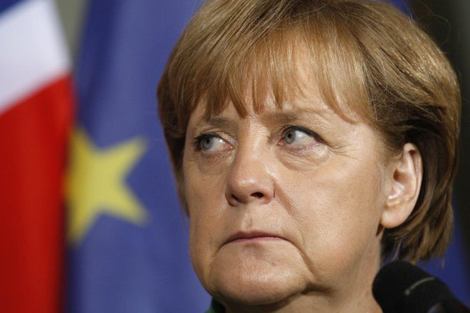 Angela Merkel kanslari boðar stofnun efnahagsbandalags Evrópu.