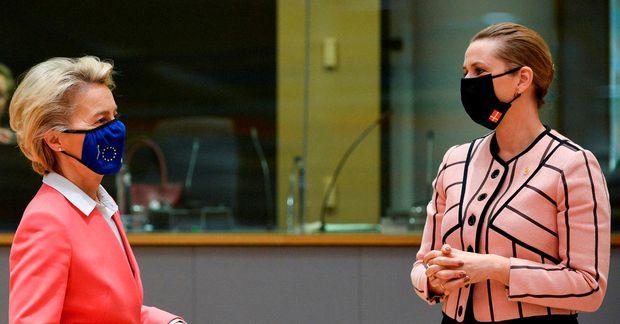 Ursula von der Leyen, forseti framkvæmdastjórnari ESB, og Mette Frederiksen, forsætisráðherra Danmerkur. Myndin er tekin …