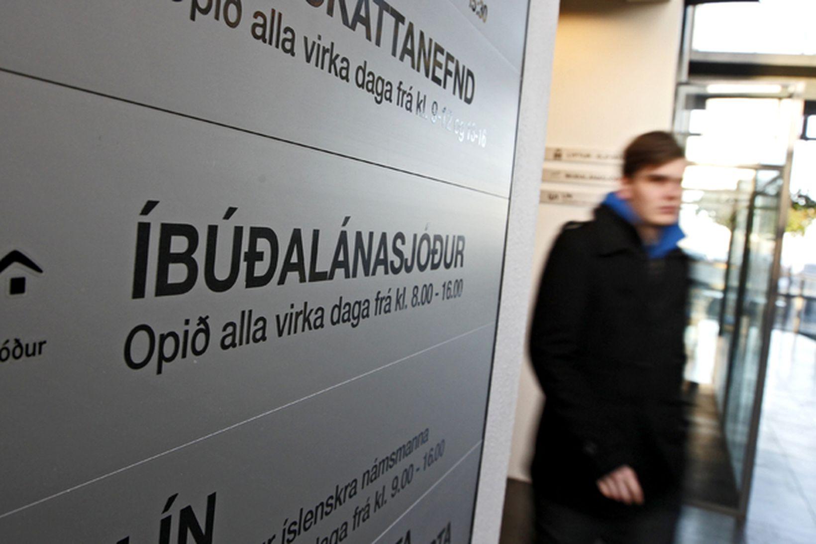 Íbúðalánasjóður þarf að borga til baka.