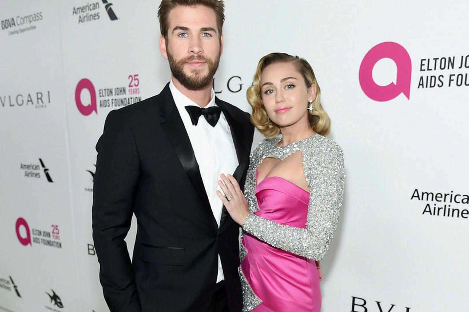 Liam Hemsworth og Miley Cyrus.
