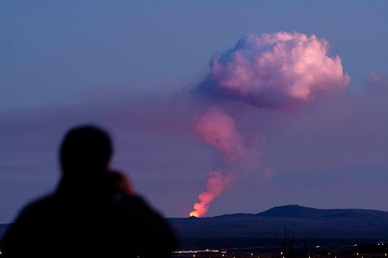 The eruption, seen from Reykjavík.