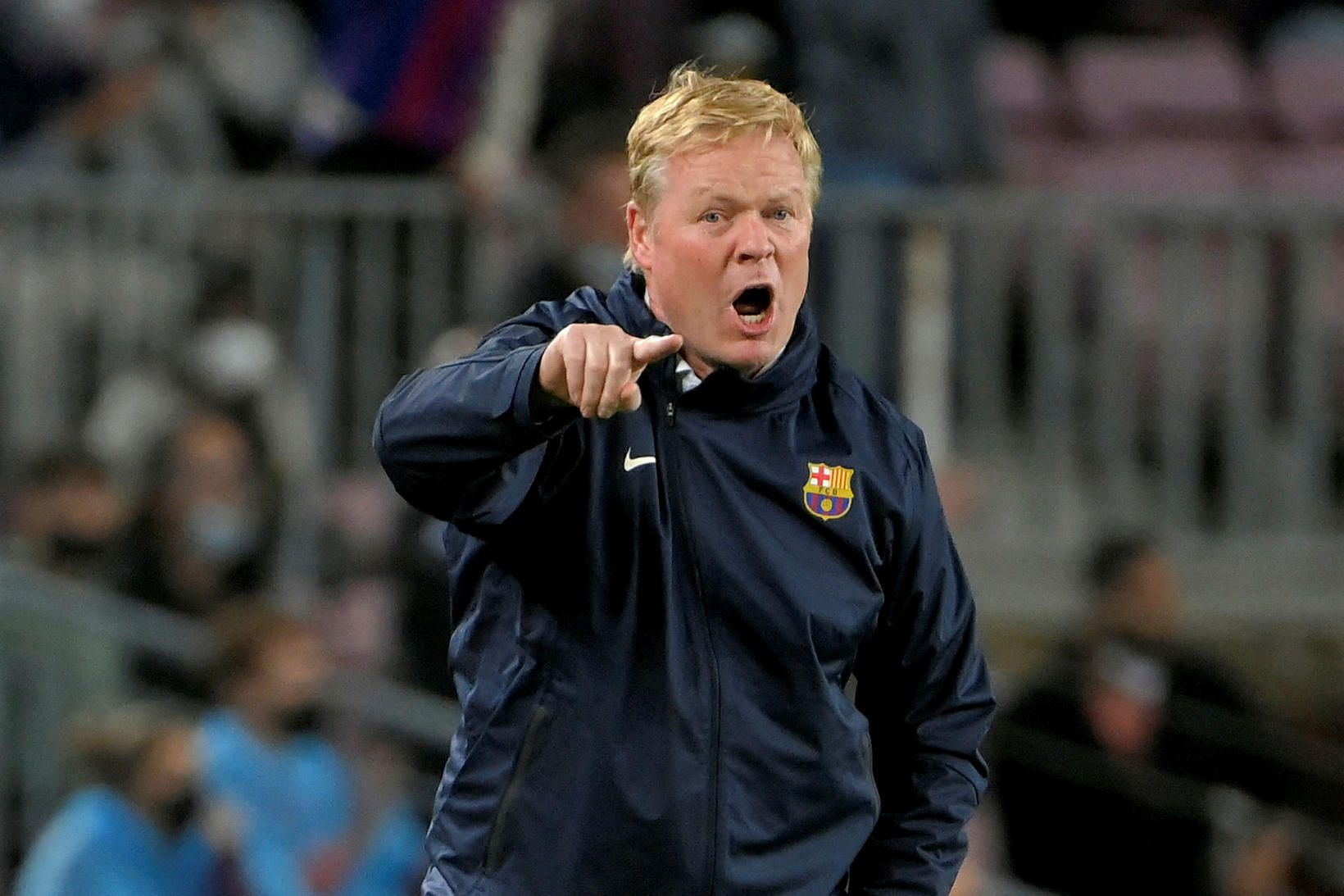 Ronald Koeman virðist ekki eiga framtíð hjá Barcelona.