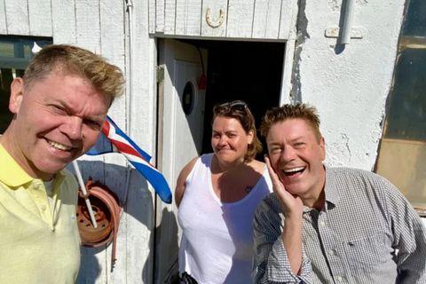 Þeir Albert og Bergþór bókstaflega ljóma eftir baðið.