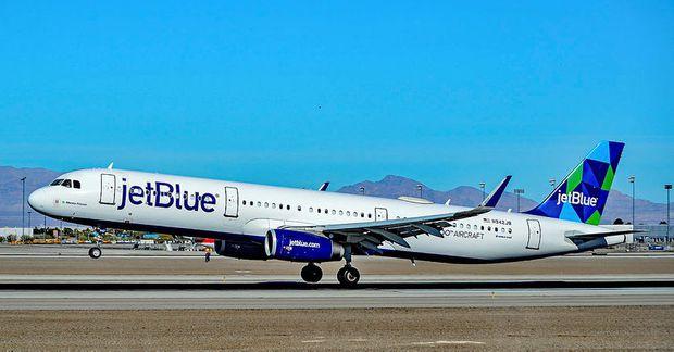 Atvikið átti sér stað um borð í vél JetBlue.