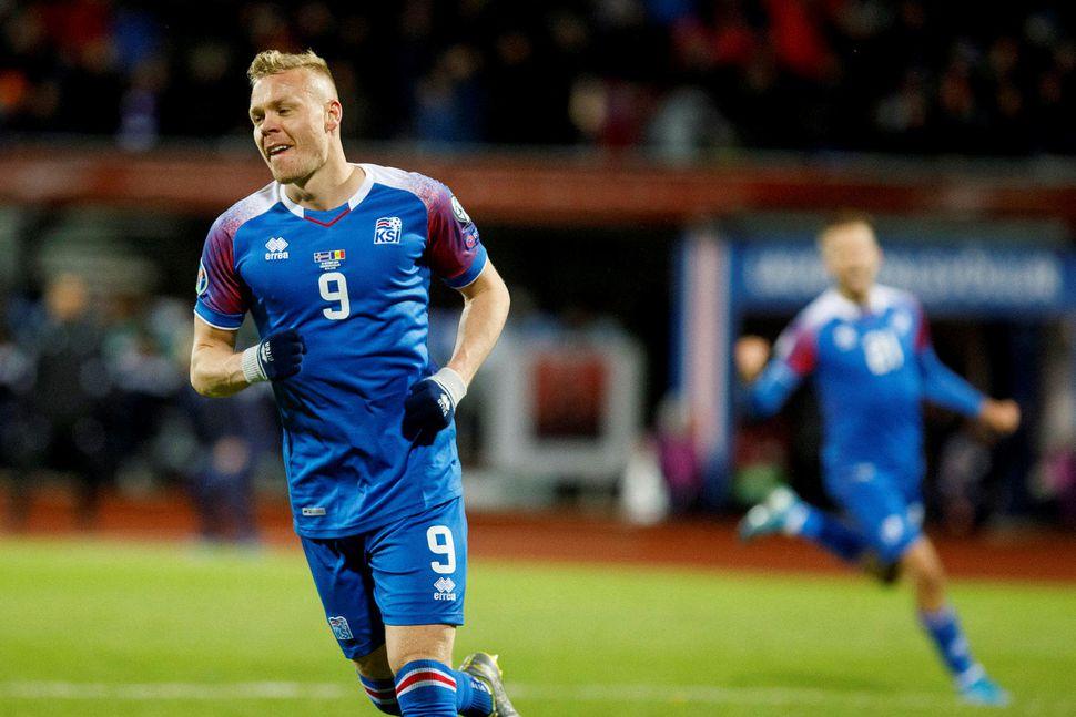 Kolbeinn Sigþórsson jafnaði markamet Eiðs Smára í síðasta mánuði.