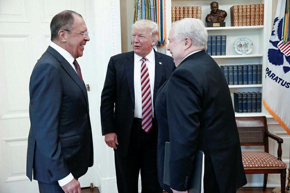 Sergei Lavrov, utanríkisráðherra Rússlands, Donald Trump Bandaríkjaforseti og Sergei Kislyak, ...