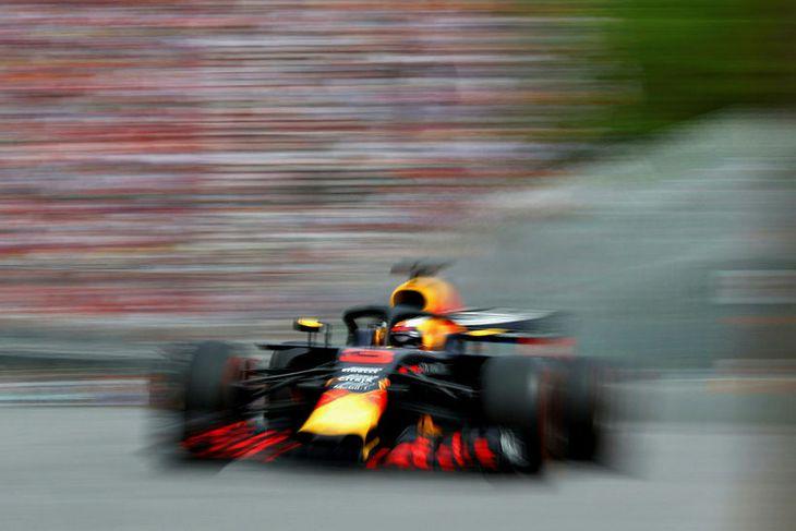 Daniel Ricciardo á ferð í kappakstrinum í Montreal.