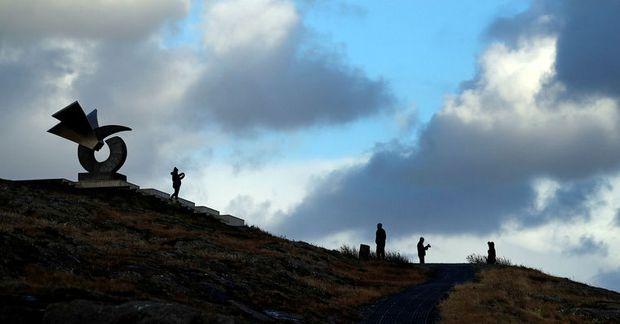 Ekki er lengur mælt gegn ferðalögum Breta til Íslands.