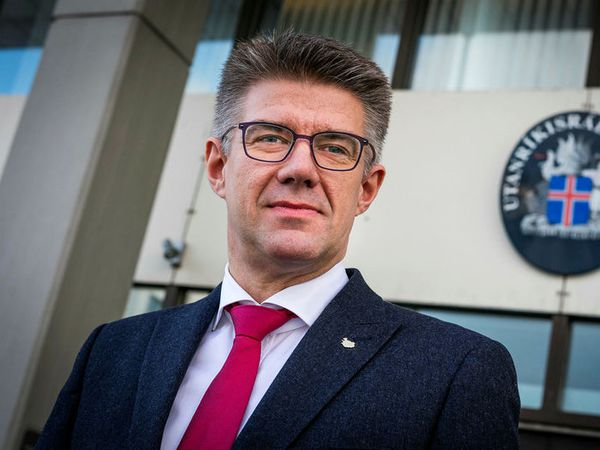 Former Minister for Foreign affairs and MP for the Centre Party Gunnar Bragi Sveinsson was one of the six involved in the scandalous bar conversation.