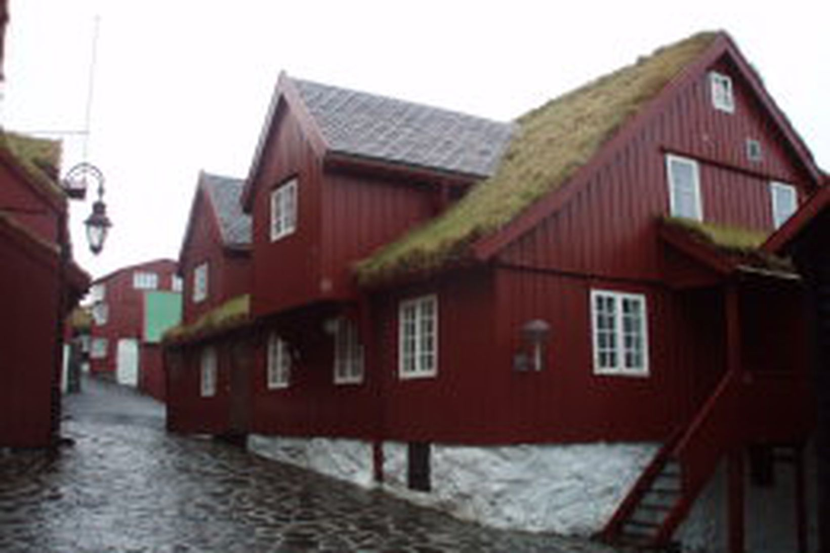 Þinganes, aðsetur færeysku landsstjórnarinnar í Þórshöfn í Færeyjum.