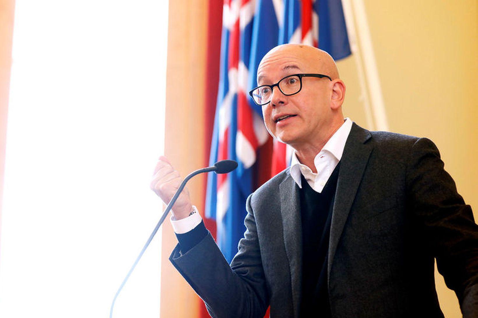 Yves Daccord, framkvæmdastjóri alþjóðaráðs Rauða krossins, flutti erindi í Háskóla …