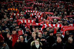 Stuðningsmenn Liverpool á Anfield.