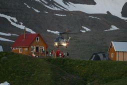 Þyrla Landhelgisgæslunnar aðstoðaði við leitina að hugsanlegum ísbjörnum.