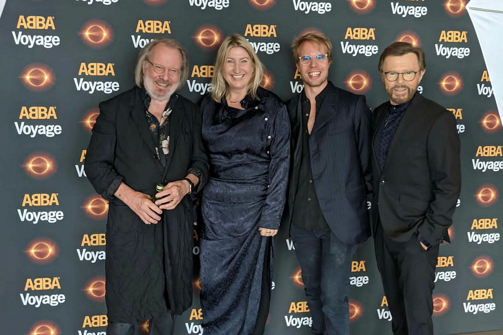 Benny Andersson, Svana Gísladóttir, Ludvig Andersson sem er framleiðandi og …
