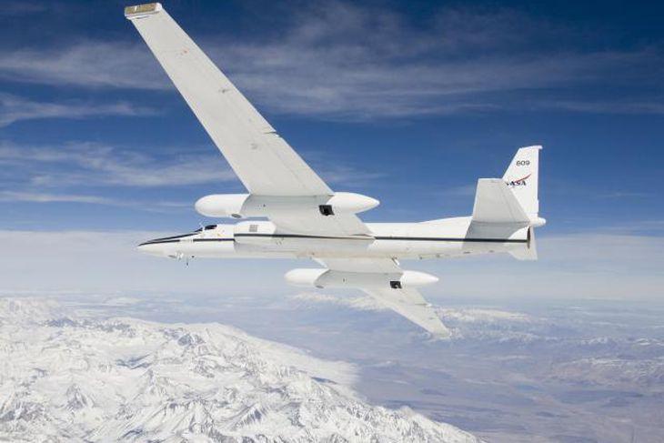 Flugvélin er gerð út frá Rannsóknarflugsetri NASA í Edwards, Kaliforníu.