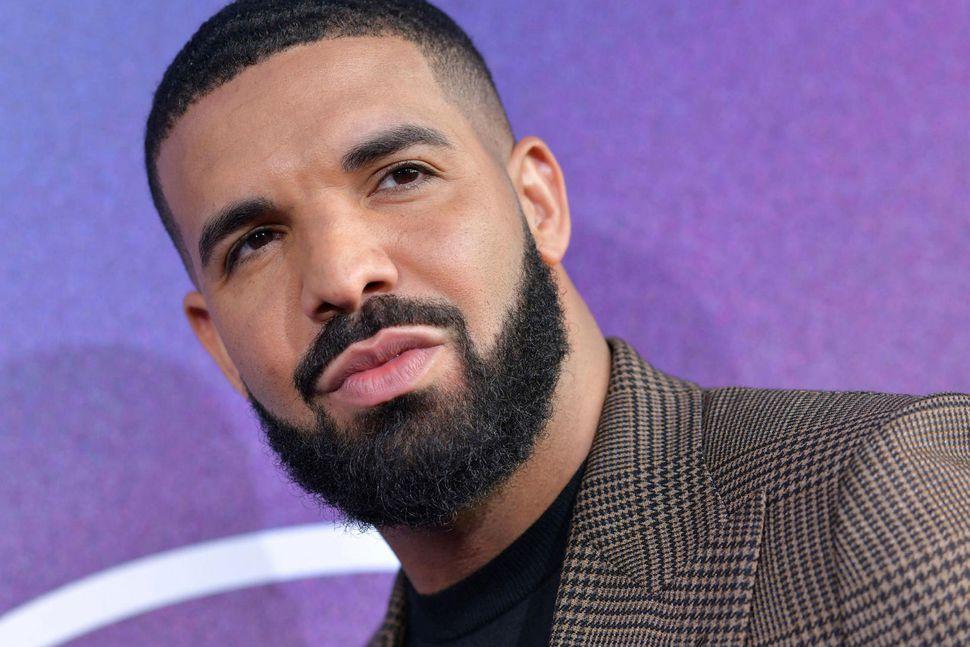 Drake er vinsælasti listamaður áratugarins á Spotify.
