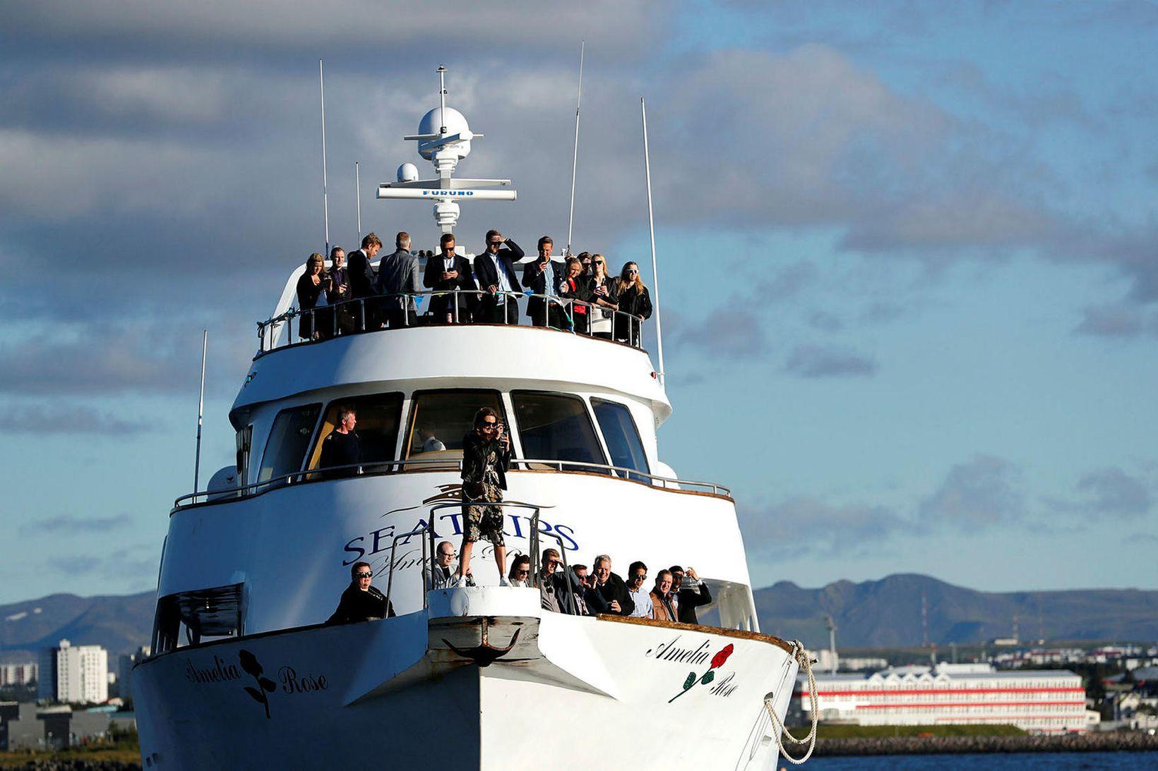 Bátur Sea Trip Reykjavík ehf., Amelia Rose, var vísað til …