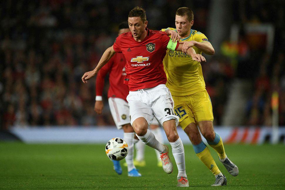 Nemanja Matic í leik með Manchester United.