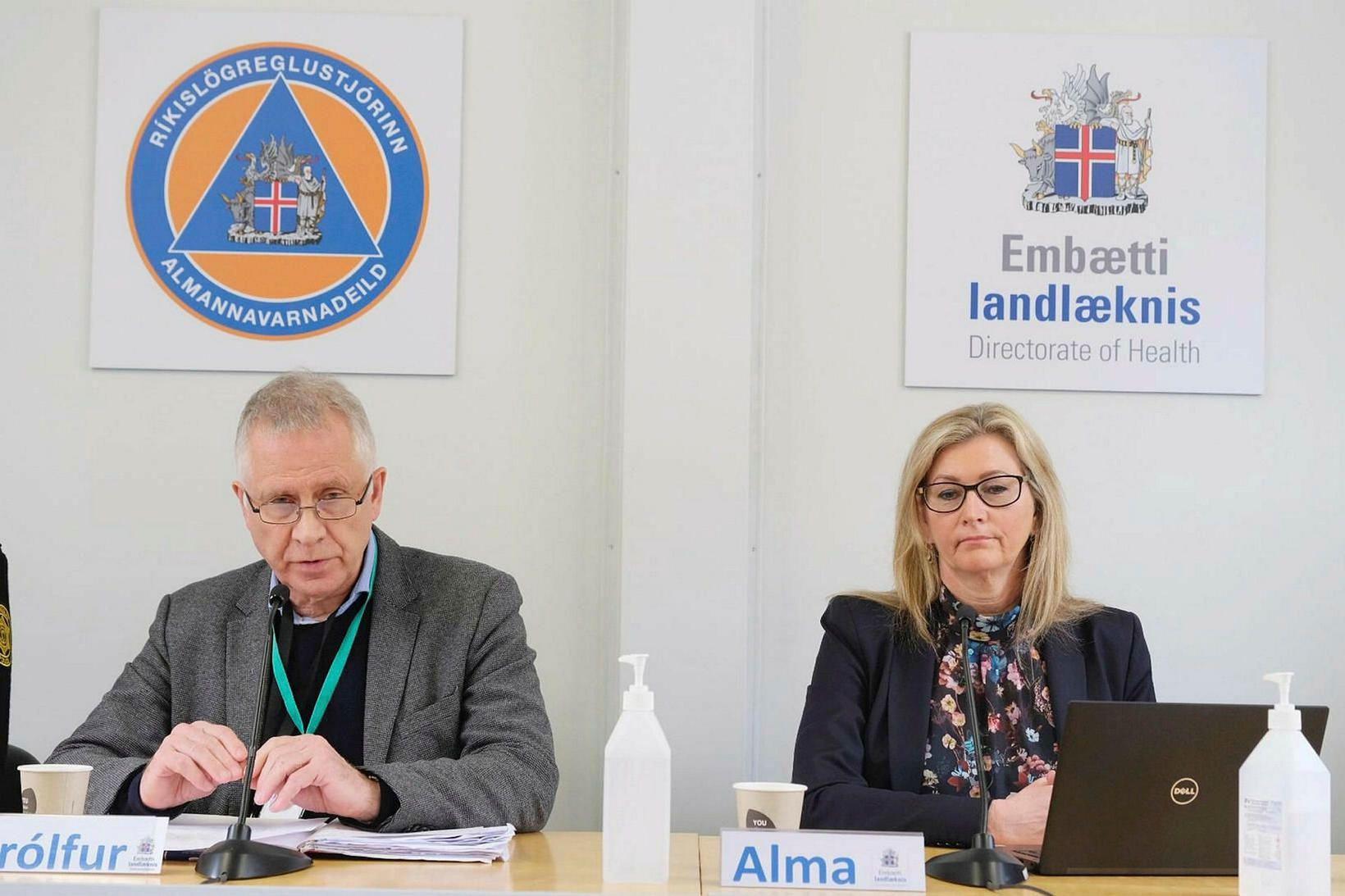 Þórólfur Guðnason, sóttvarnalæknir, og Alma D. Möller, landlæknir.