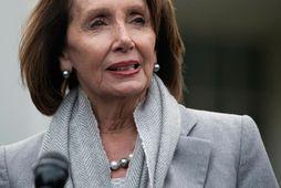 Nancy Pelosi, forseti fulltrúardeildar Bandaríkjaþings, vill að Trump fresti því að flytja árlega stefnuræðu sína …
