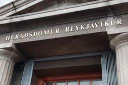 Maðurinn, sem er fæddur 1972, mætti ekki fyrir dóminn og var dómur kveðinn upp að …
