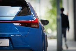 Lexus UX300e.