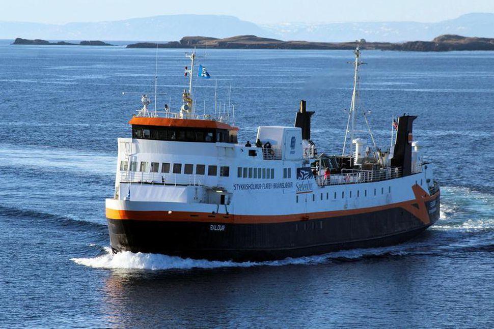 Áformað var að Herjólfur kæmi aftur inn í áætlun 21. ...