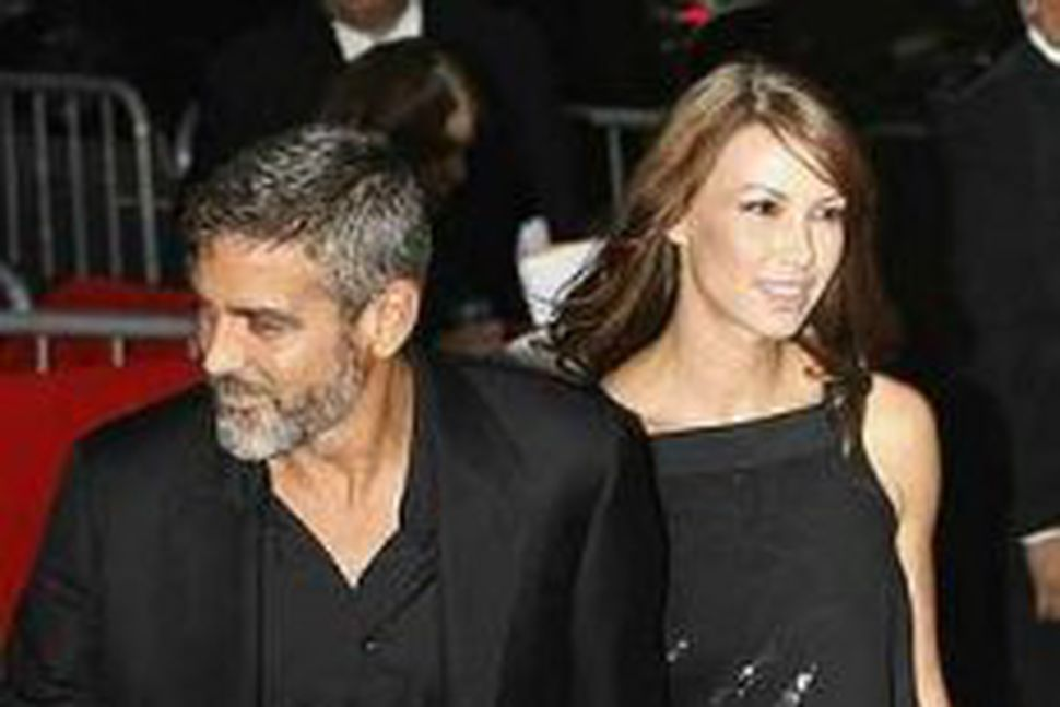Clooney og Sarah Larsen.