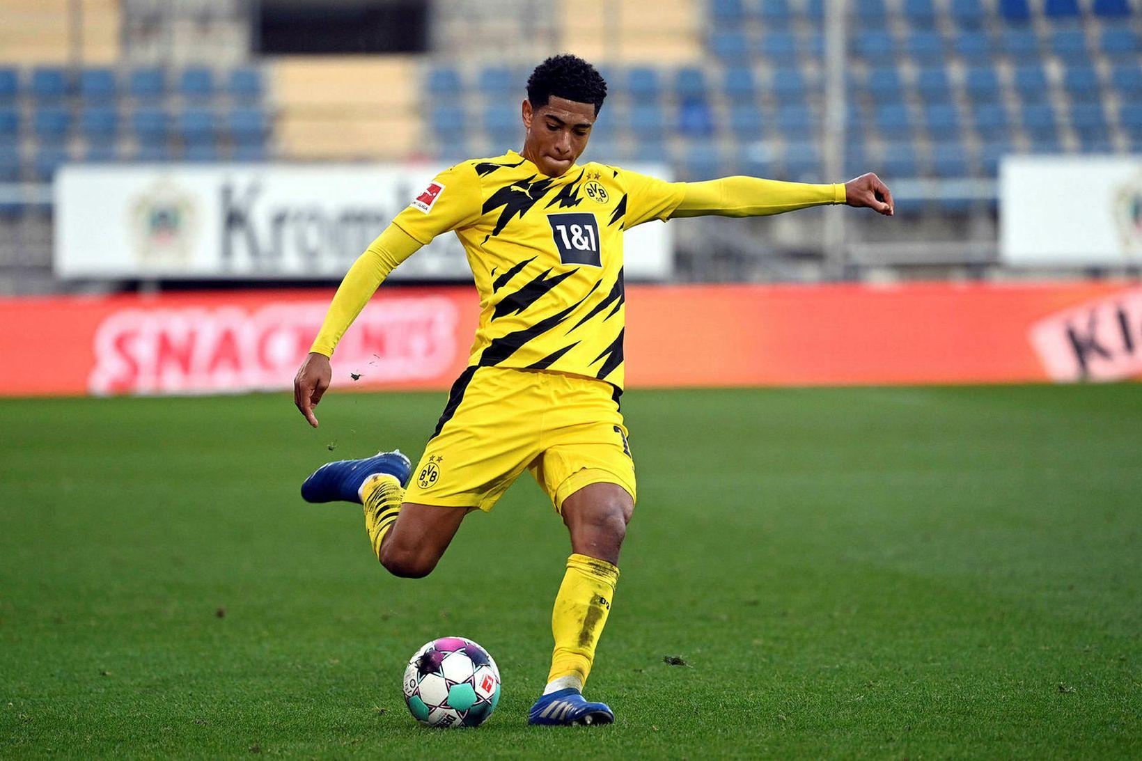 Jude Bellingham í leik með Dortmund.