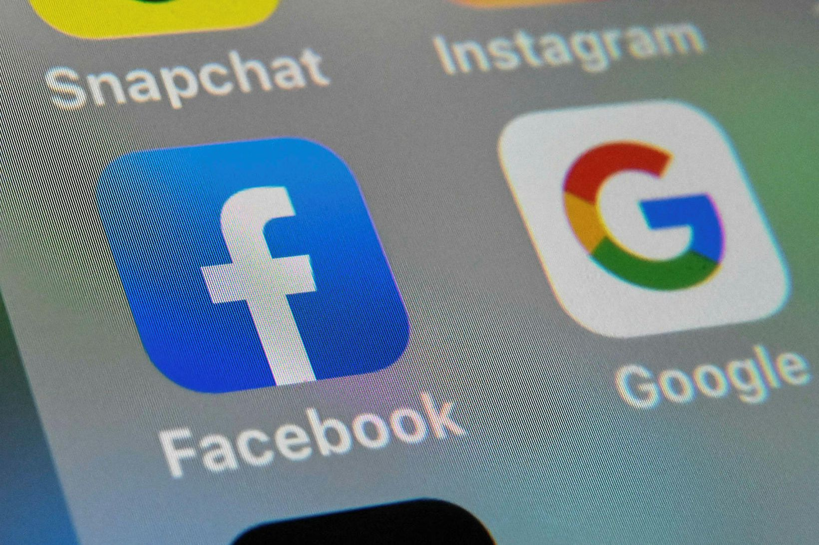 Nota má Facebook og Google til að ná til fólks …