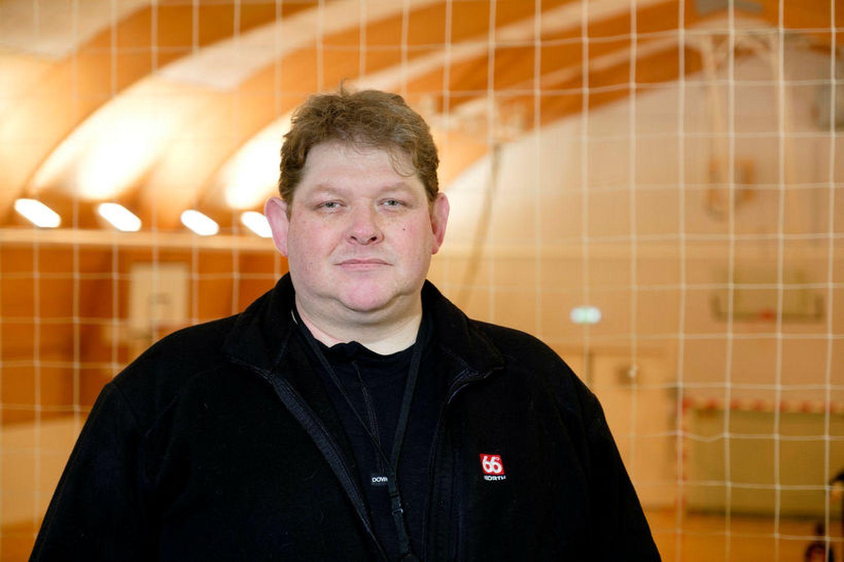 Steinar Smári Guðbergsson meindýraeyðir er búinn að vera að eltast …